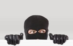 eine Überwachungskamera gegen Einbrecher